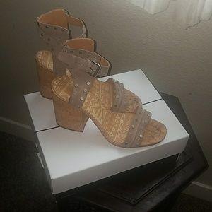 Dolce Vita Essie Sandal